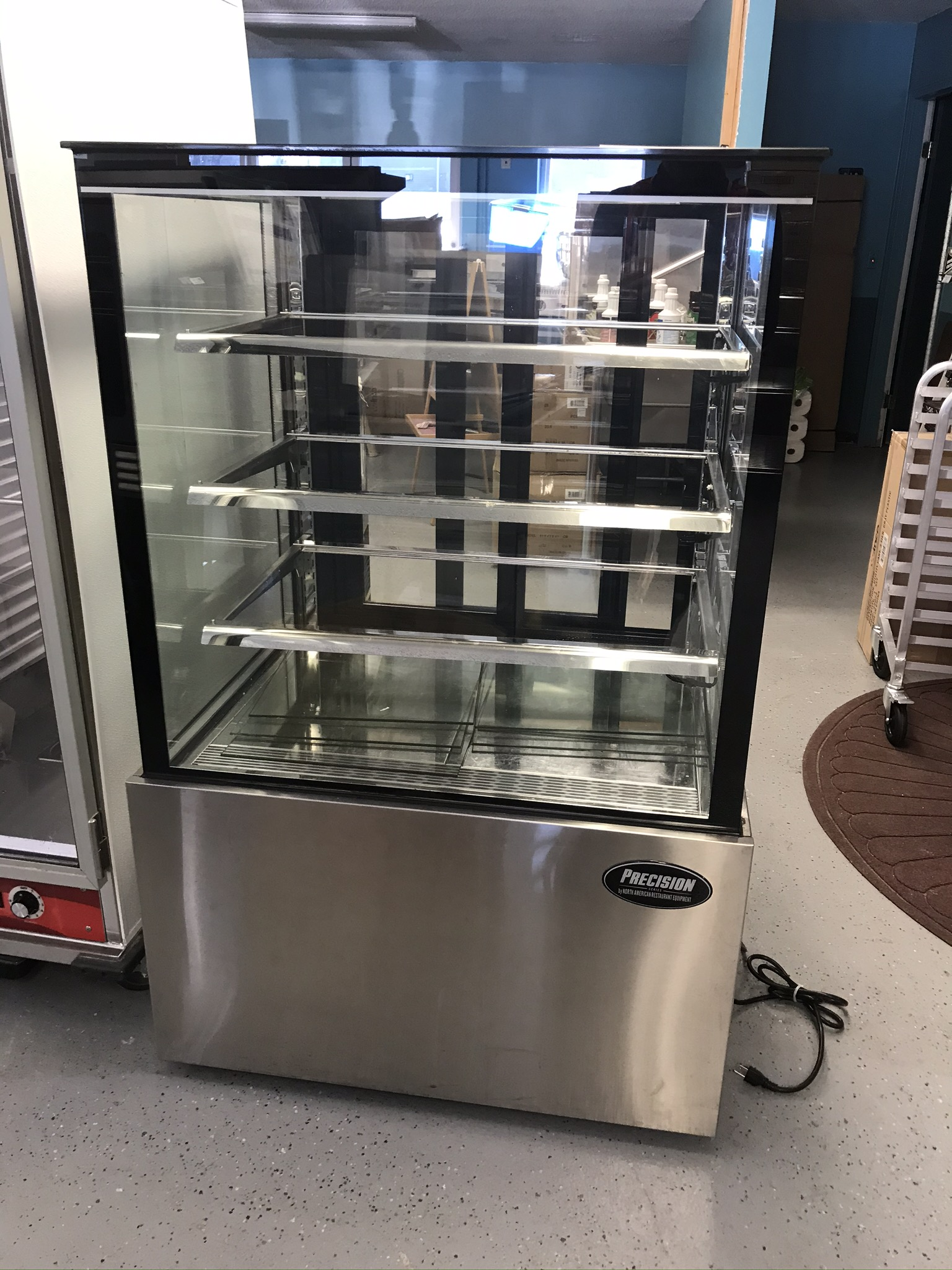 Refrigerated Display Case (Bakery)